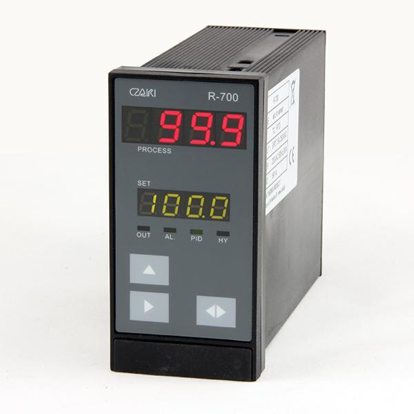 Tablicowy regulator temperatury R-700 -uniwersalny, programowalny, z interfejsem szeregowym
